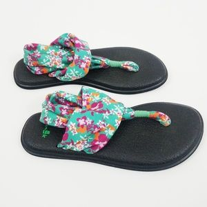 Sanuk Yoga Slingbacks Flower Size 7